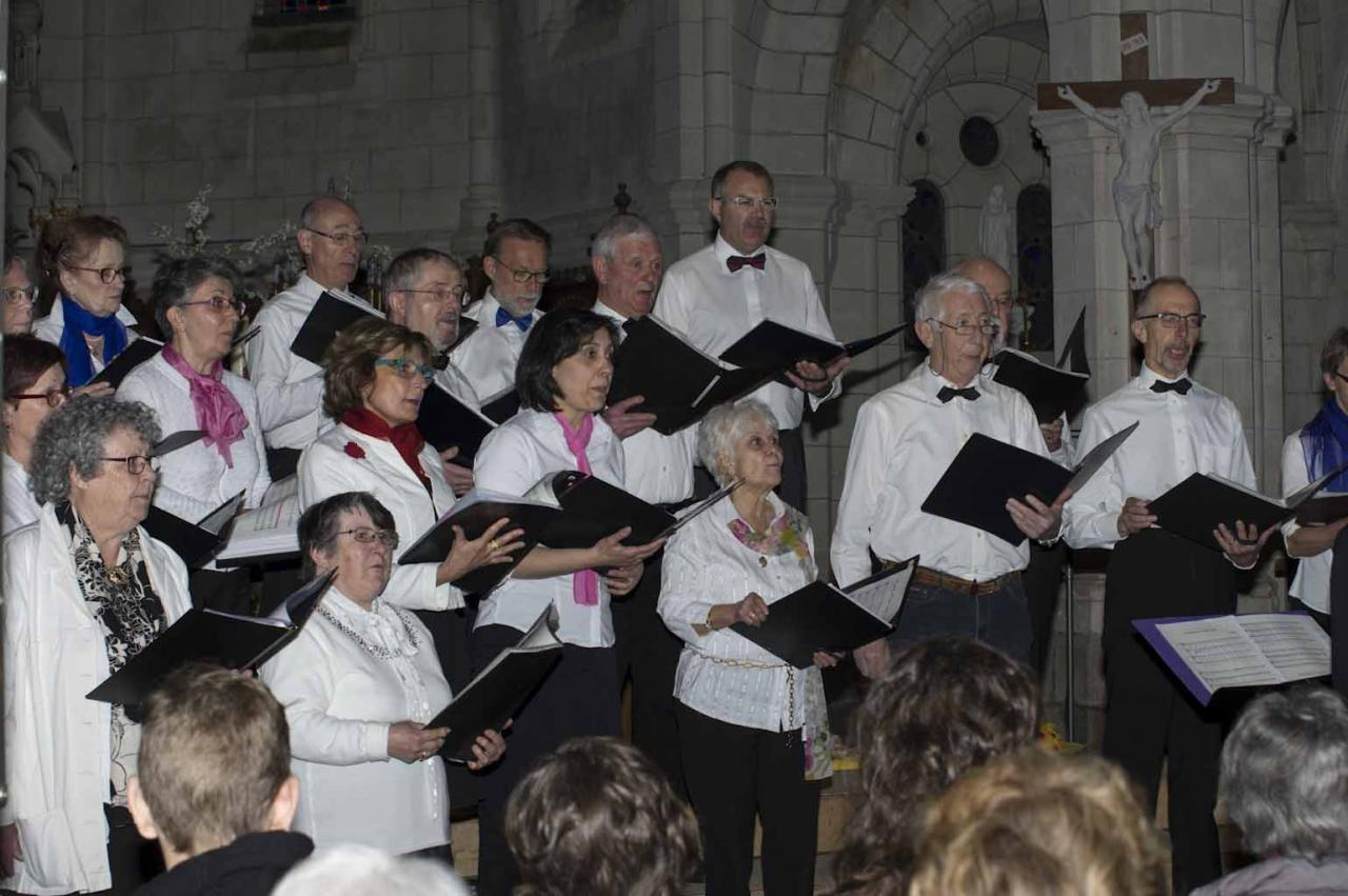 Concert des deux Chorales Cantabile à Brains